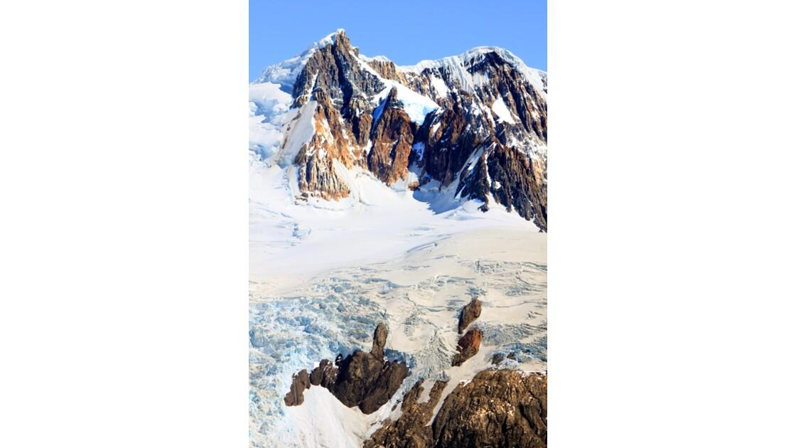 Voie glacée  de la cime vers l'abîme 3
