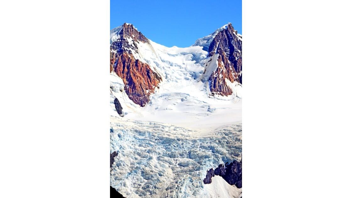 Voie glacée  de la cime vers l'abîme1