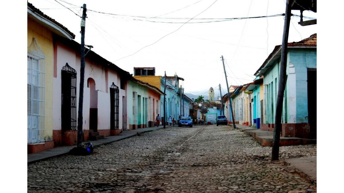 La rue déserte au petit matin