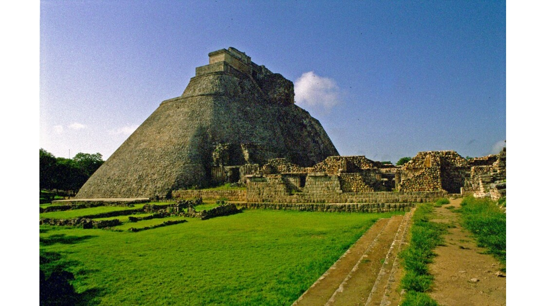 Mexique Uxmal pyramide du Devin 2