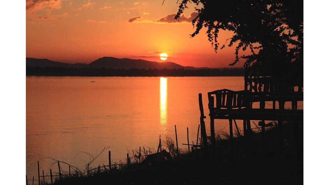 coucher du soleil, paksé