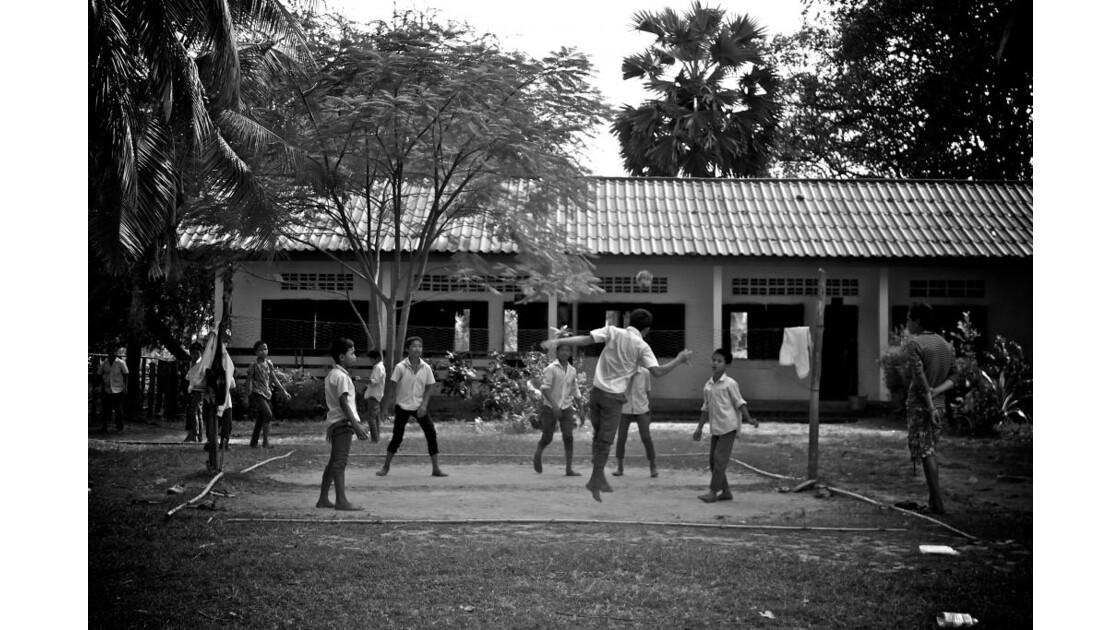 école à l'île don khon
