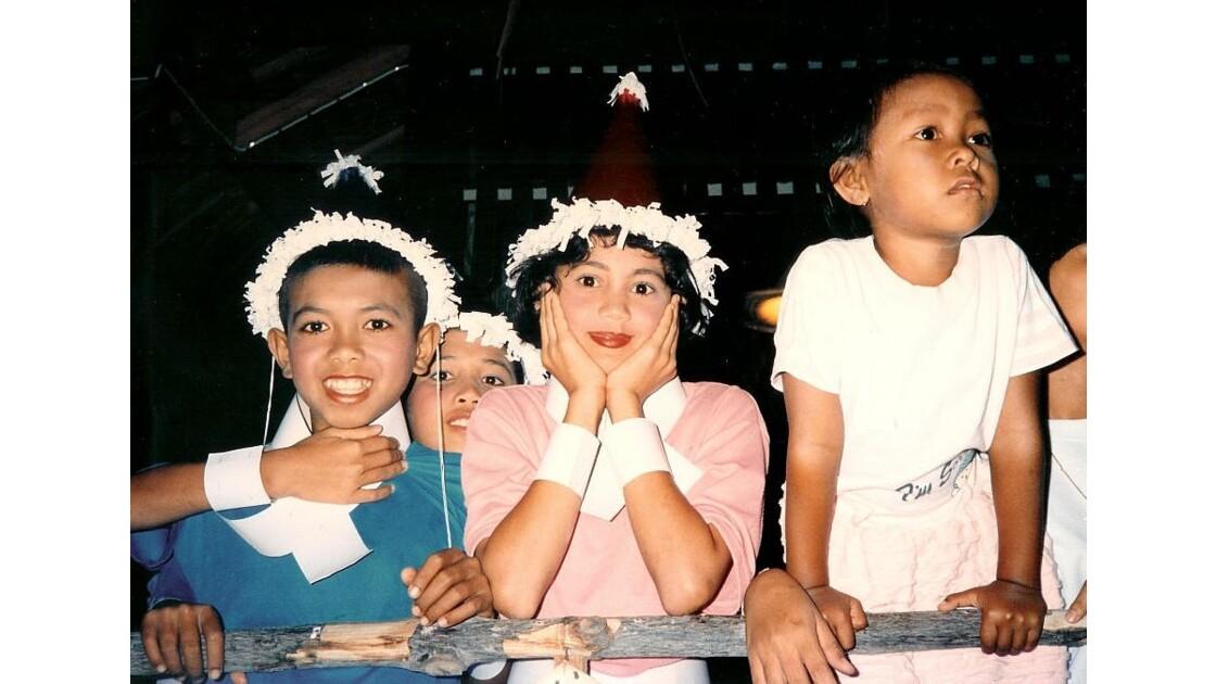 la Jeunesse Thailandaise