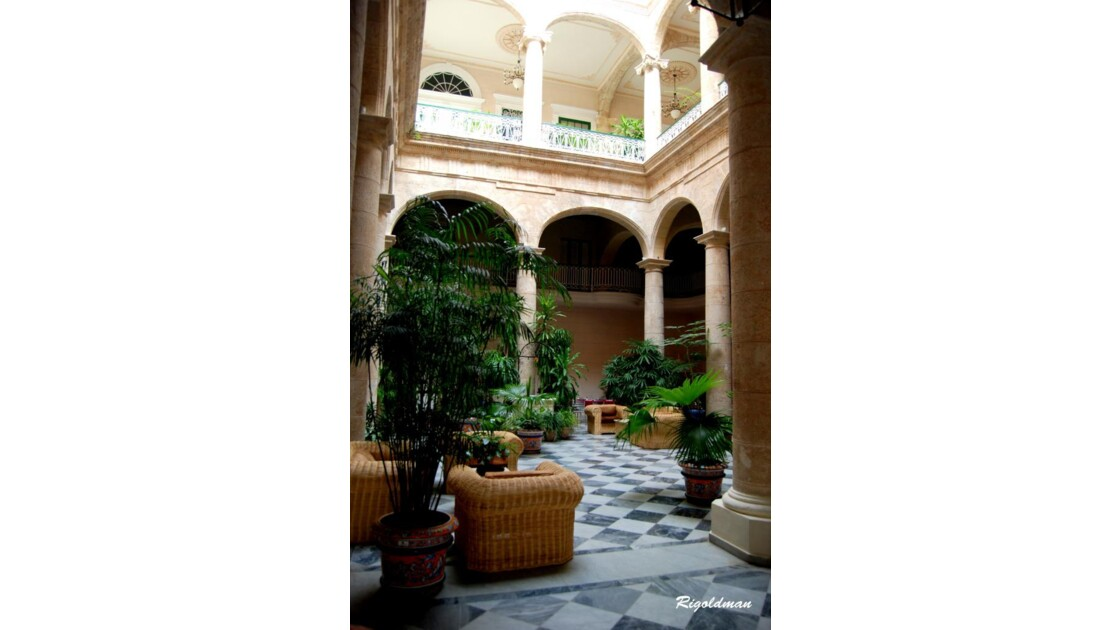 L'Hôtel Florida