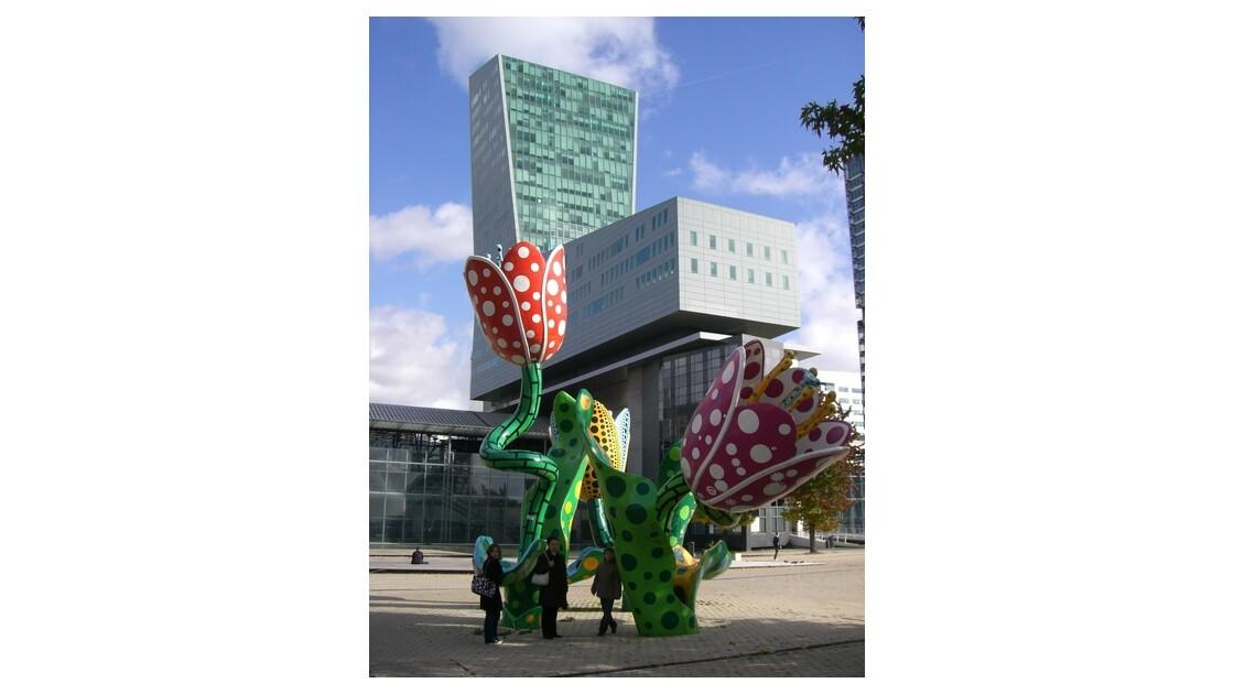 immeuble chaise gare Lille-EuropeJPG
