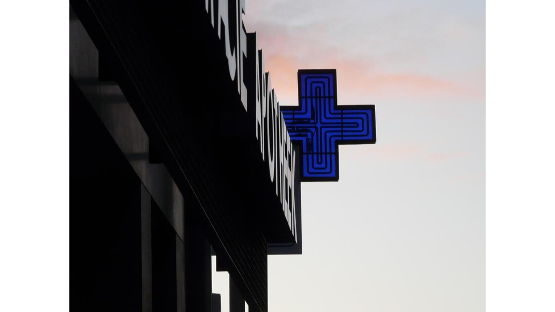 La croix du veto!