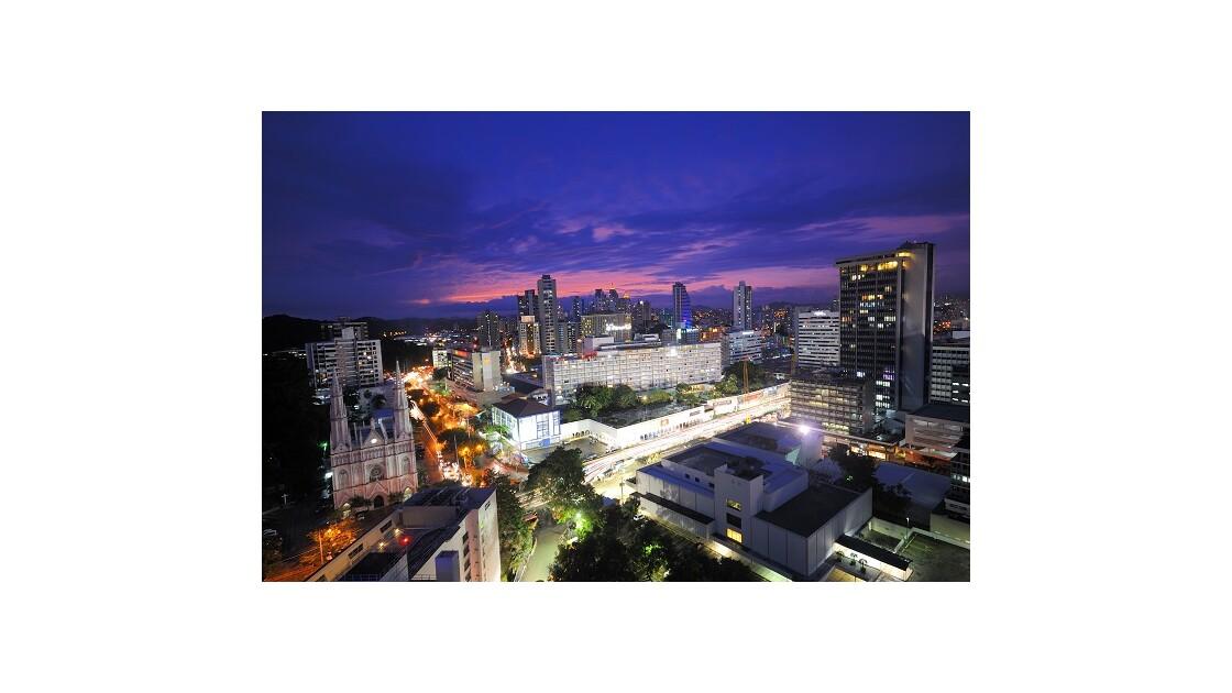 Vue de Panama City : hôtel Panama