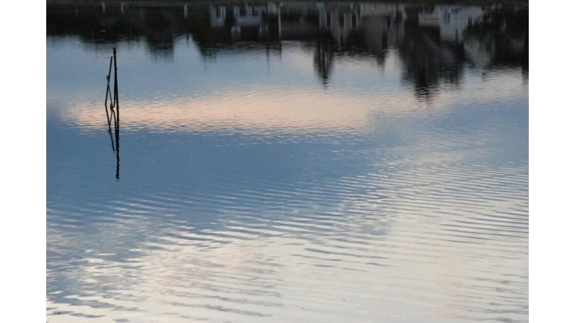 village au fond de l'eau