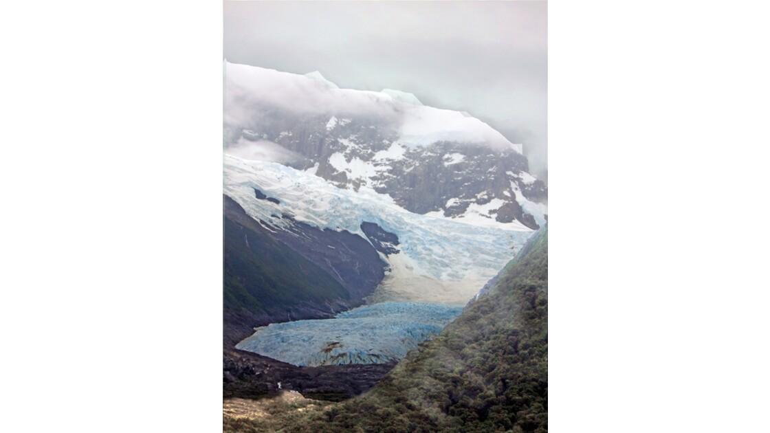 Nous approchonsDu  glacier Spegazzini