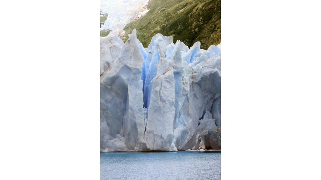 Le glacier Spegazzini 10