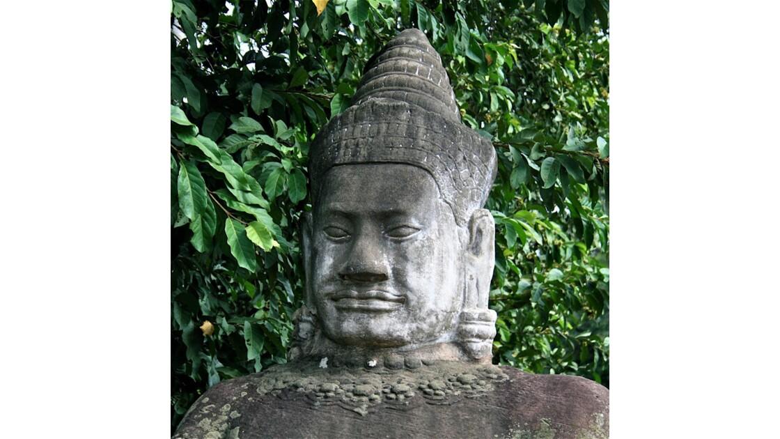 Géant à Angkhor Thom