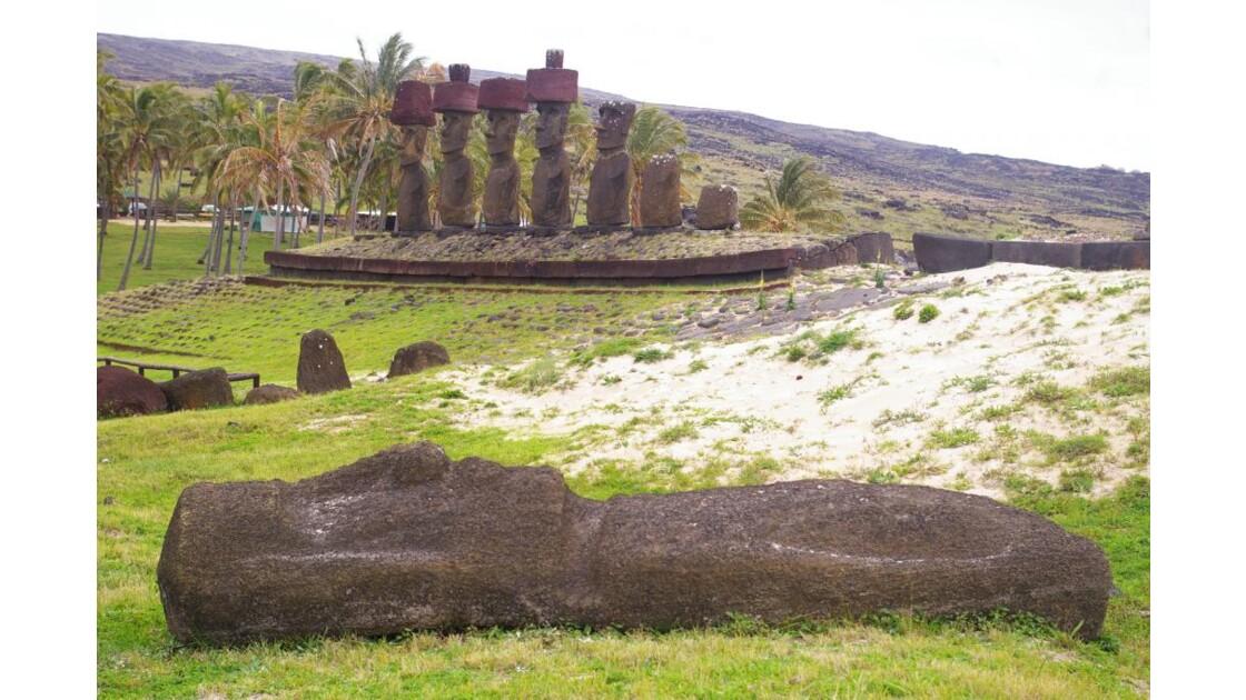 île de Pâques anakena moai