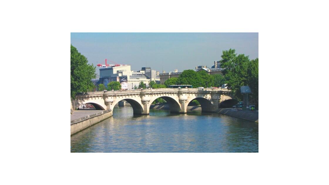 Le Pont Neuf .