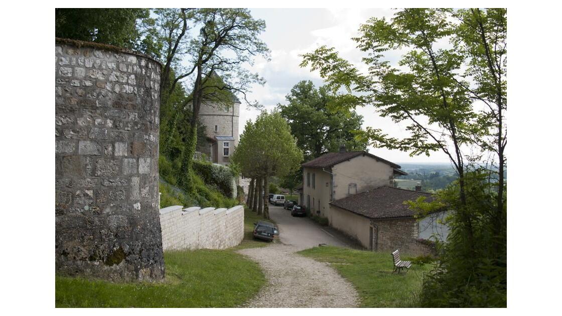 Treffort, près du château