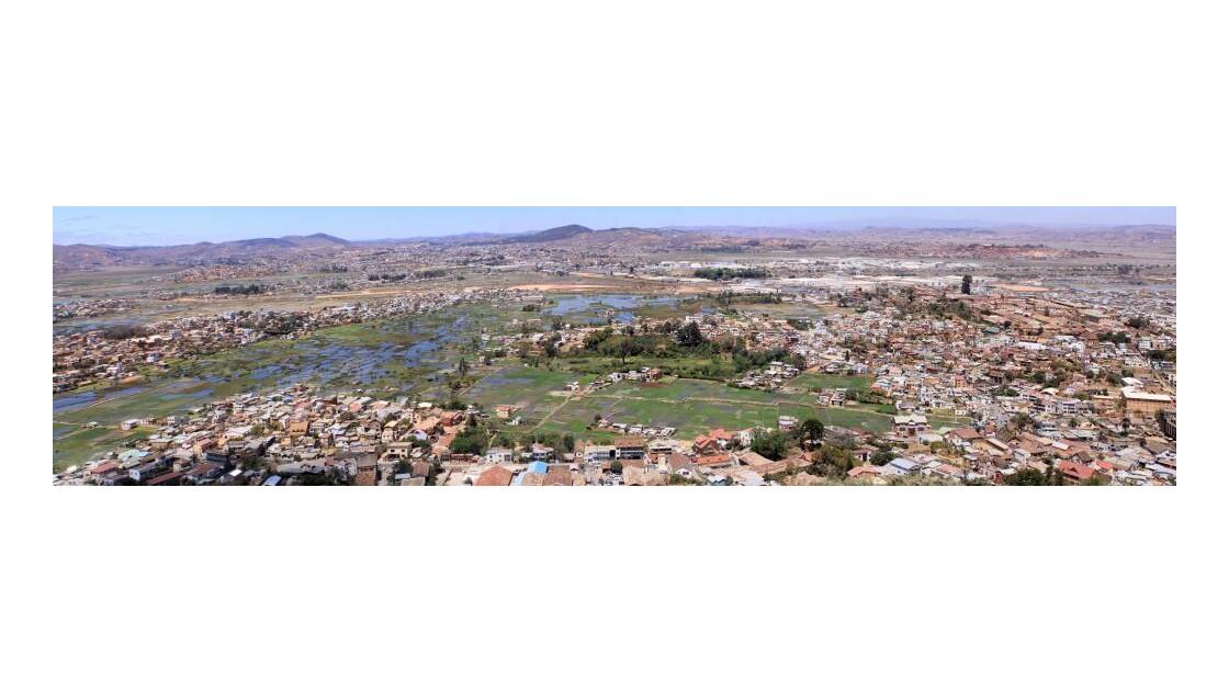 Panoramique basse ville banlieue