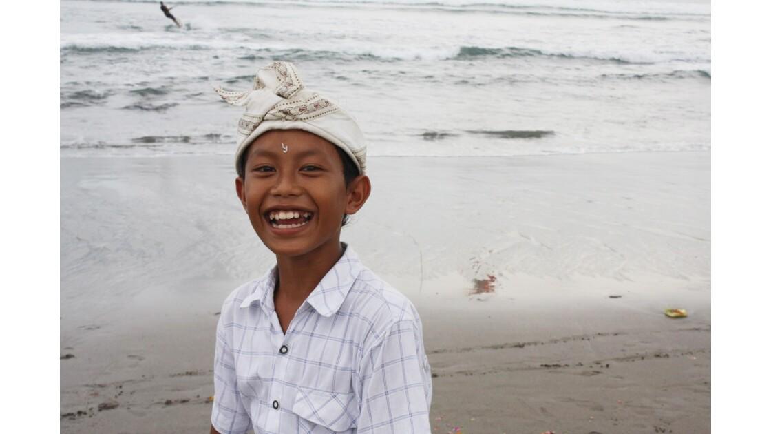 Enfants__Aux_Ceremonies_Bali_2011_00038