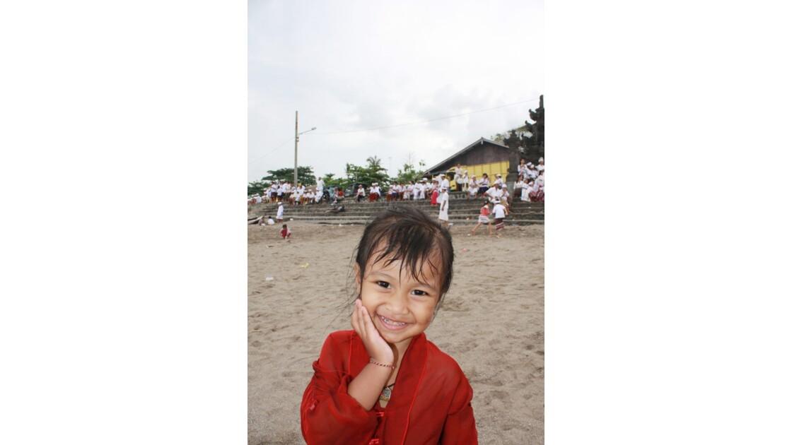 Enfants__Aux_Ceremonies_Bali_2011_00041