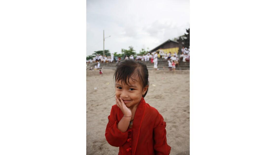 Enfants__Aux_Ceremonies_Bali_2011_00042
