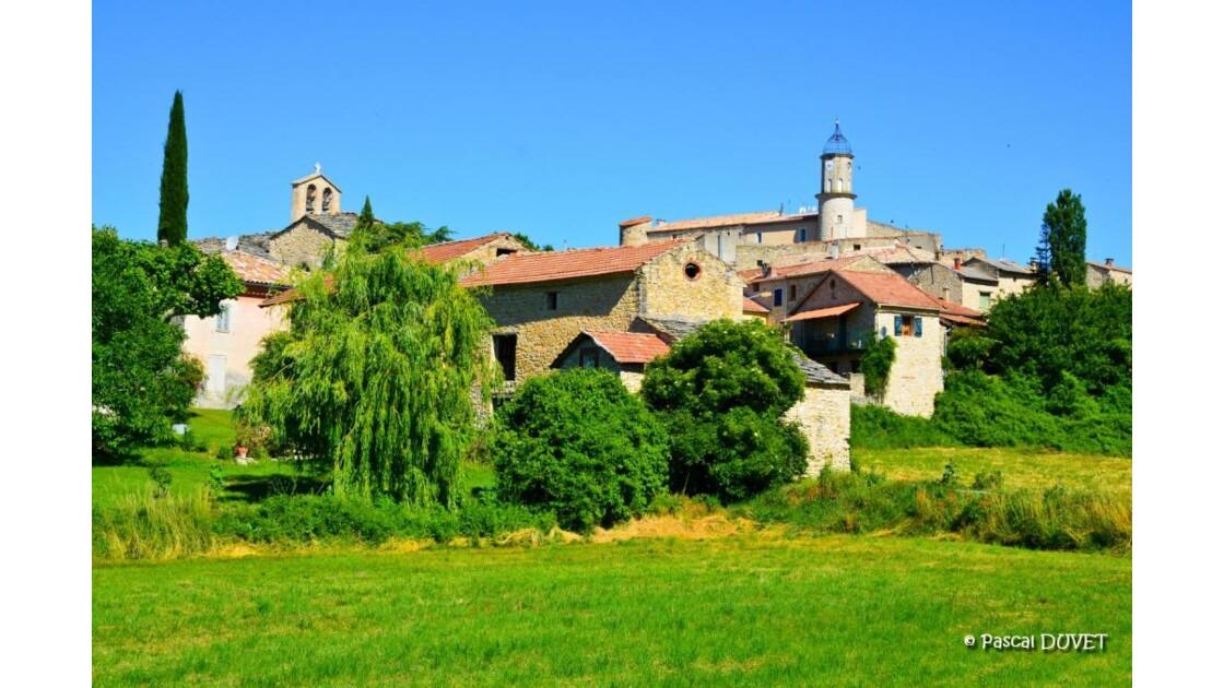Sigonce village Alpes Haute Provence 04