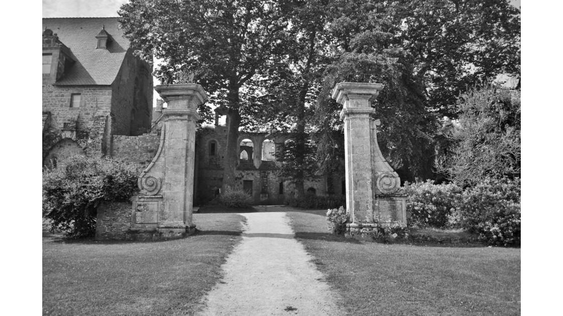 Les portes du jardin