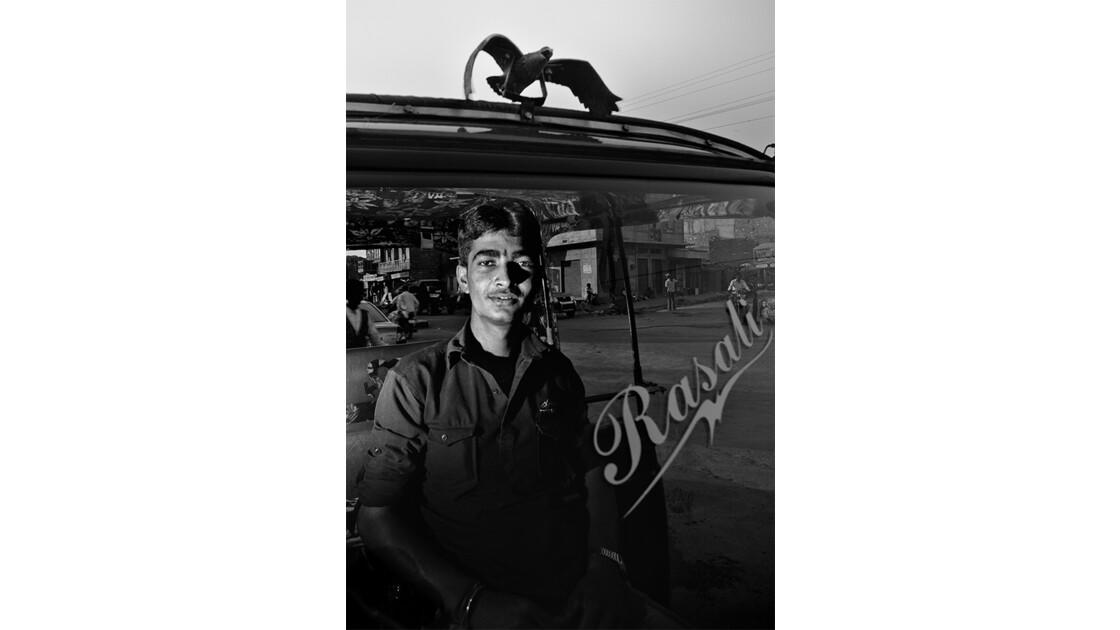 L'aigle de l'autorickshaw de Jaisalmer