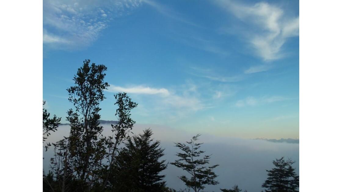 Nuages depuis volcan Osorno