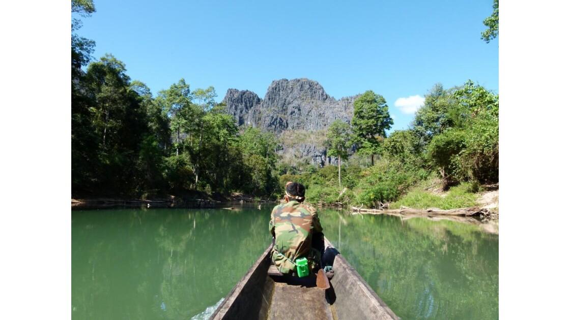 Laos__Grotte_de_Kong_Lor__3_.JPG
