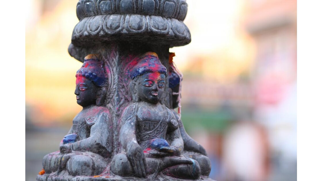 Statue à Kathesimbhu