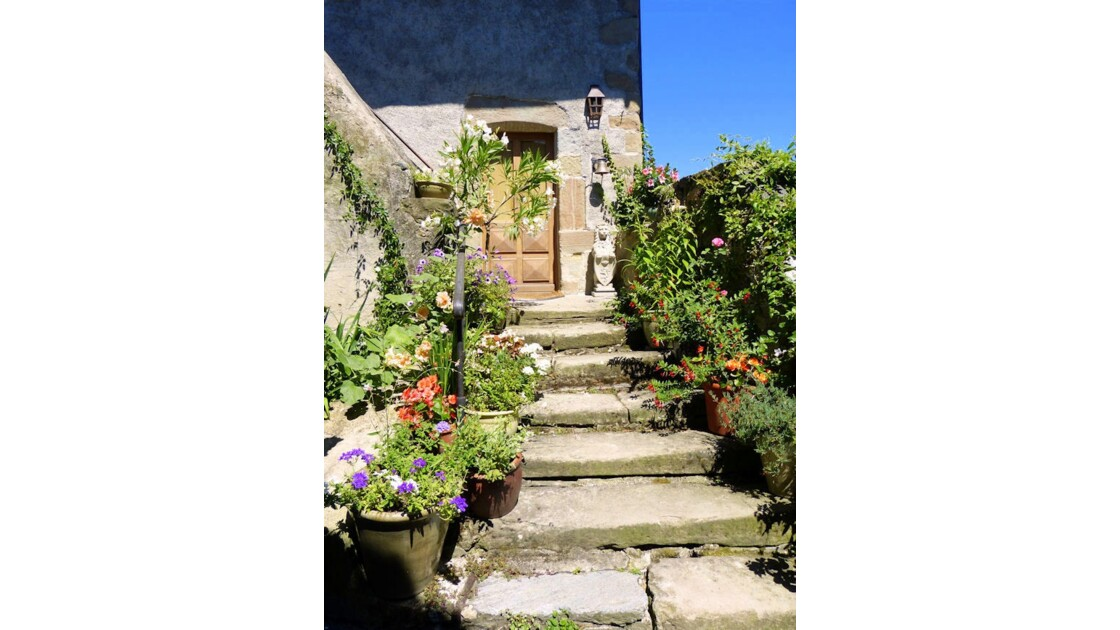Un escalier fleuri, Yvoire