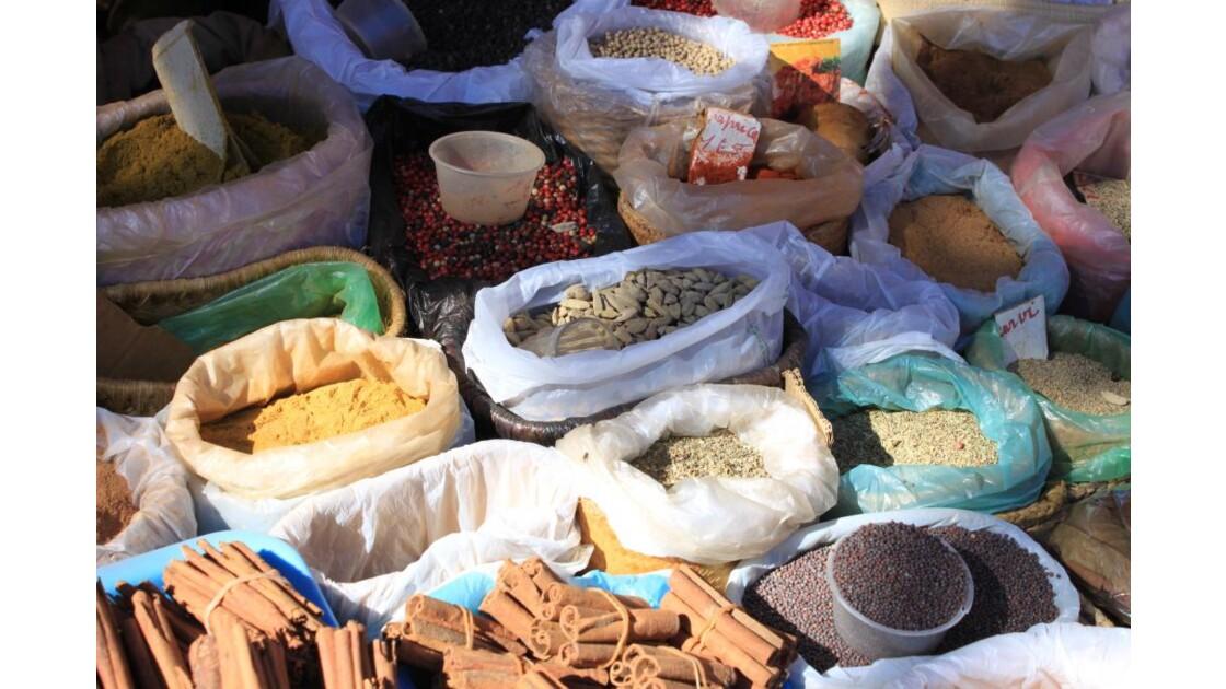 Sur le marché 2