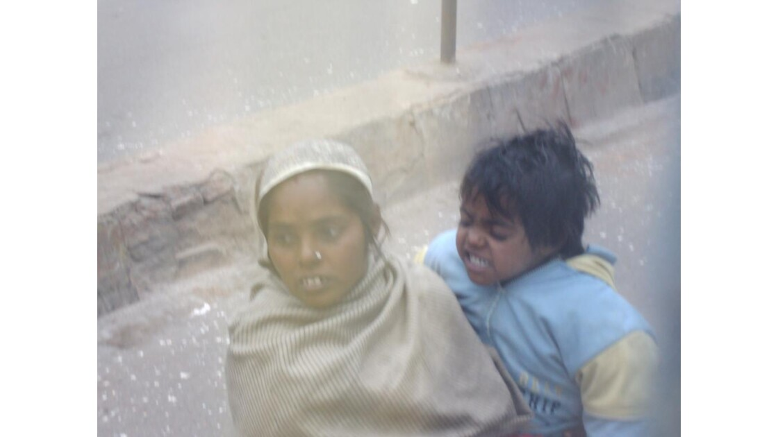enfants des rues à Bénarès