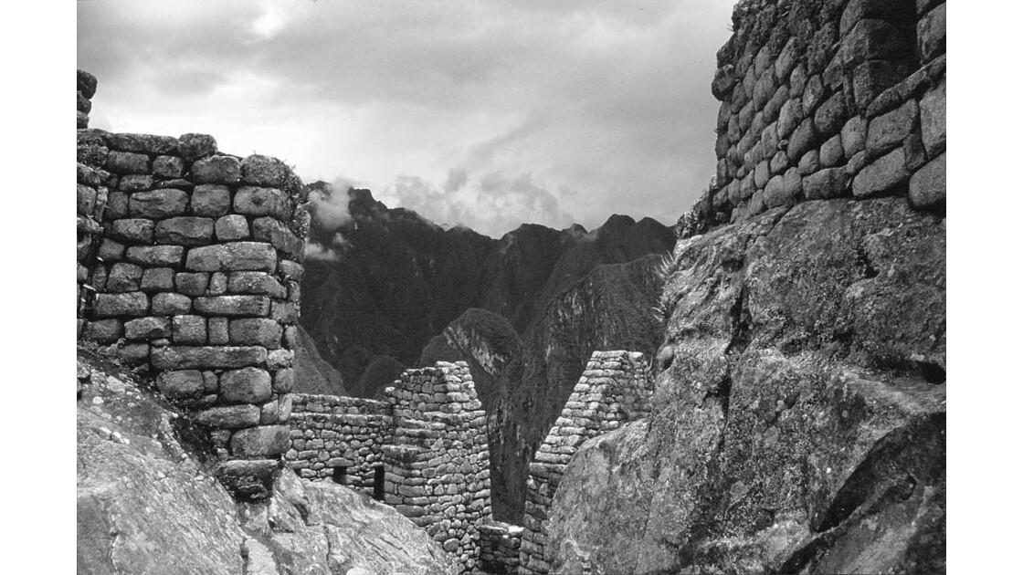 Construit sur la roche
