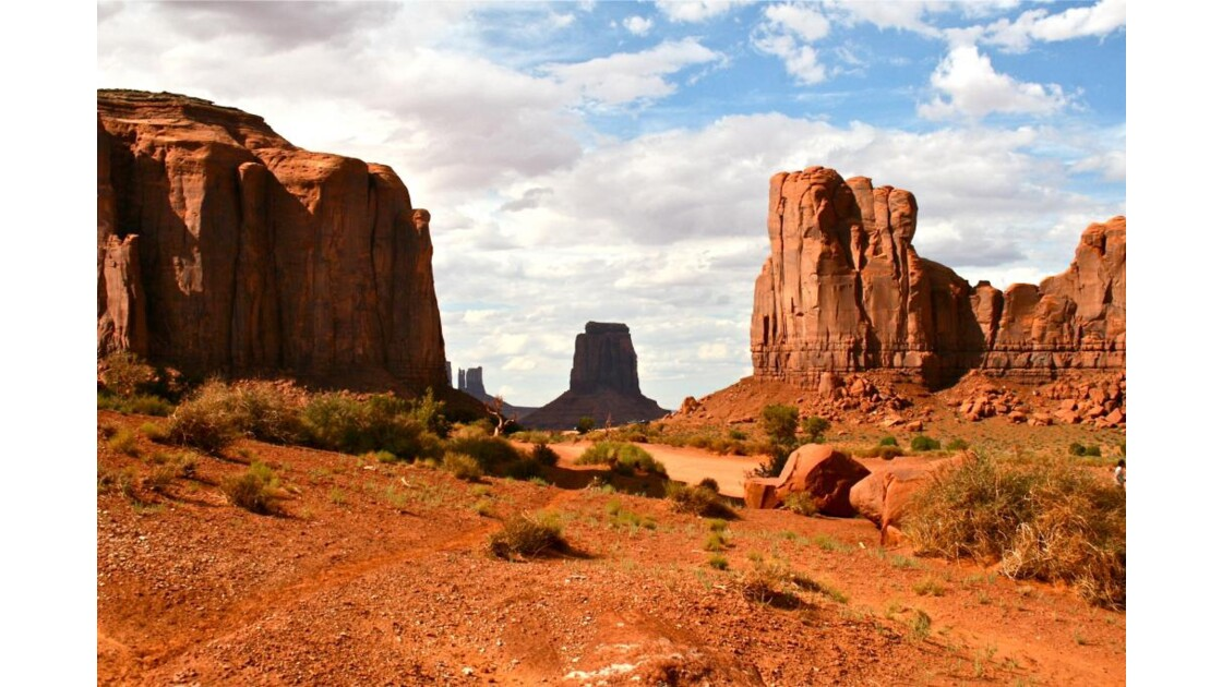 Monument Valley: North Window