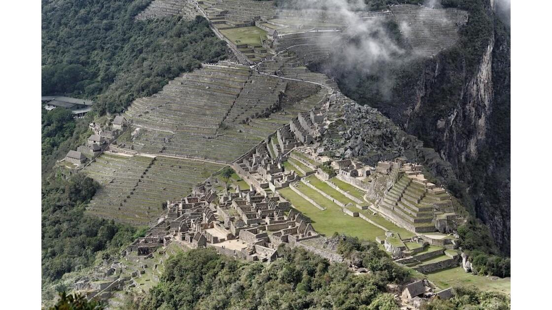 Machu_Picchu_4.jpg