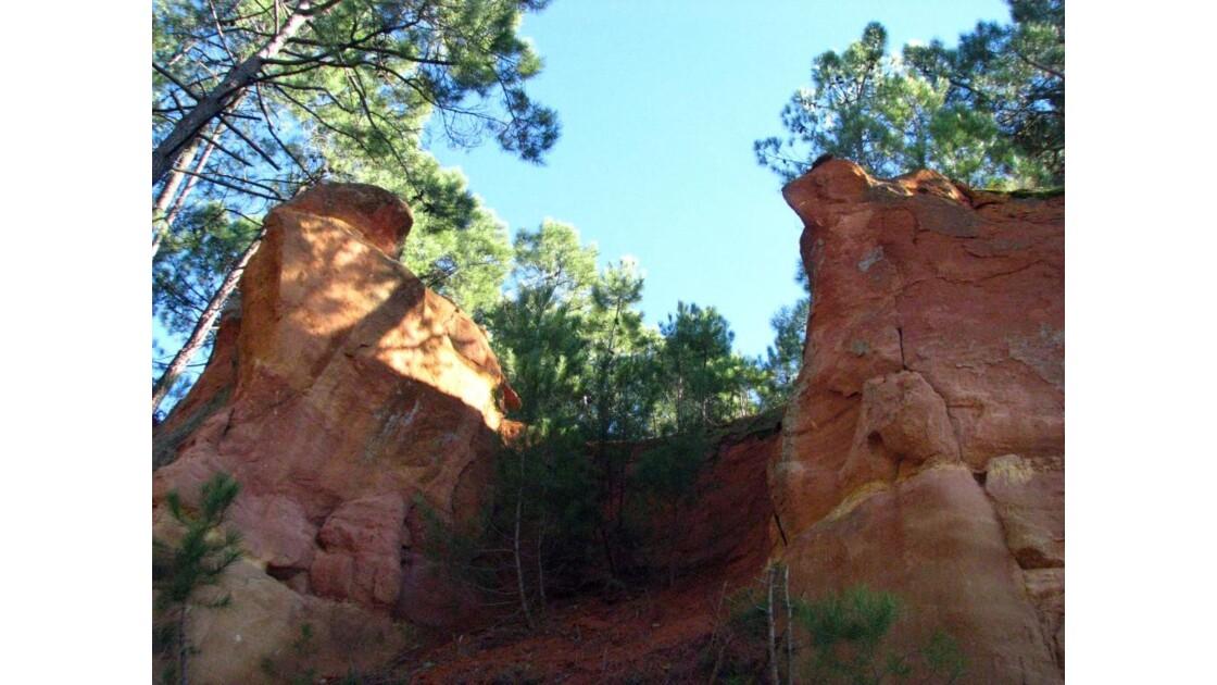 Roussillon: falaise d'ocre
