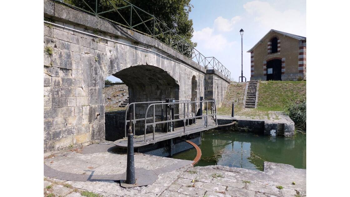 Ecluse de Mantelot (Châtillon-s-Loire)