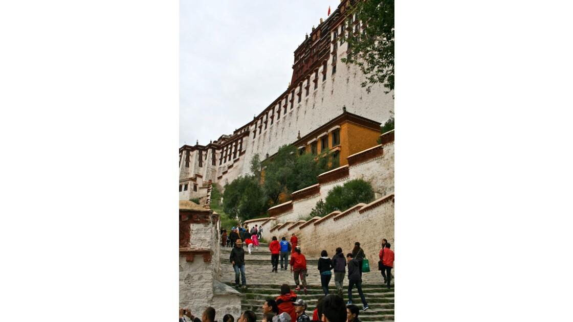 Potala: rampe d'accès au palais