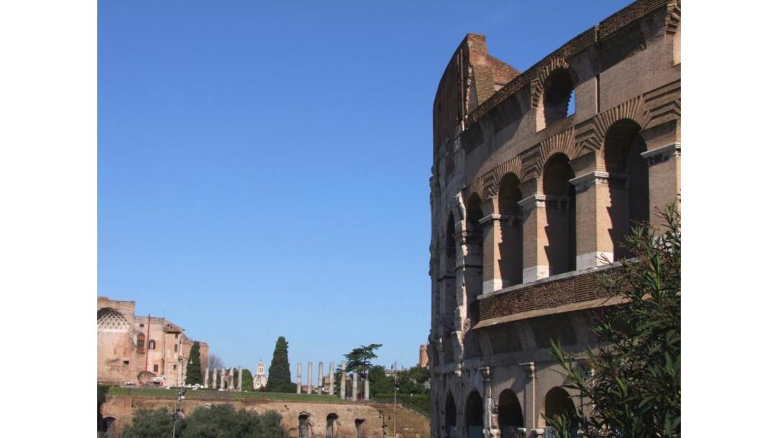 ROME le Colisée..JPG