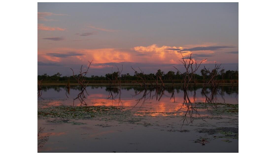 sunset on lake kununurra