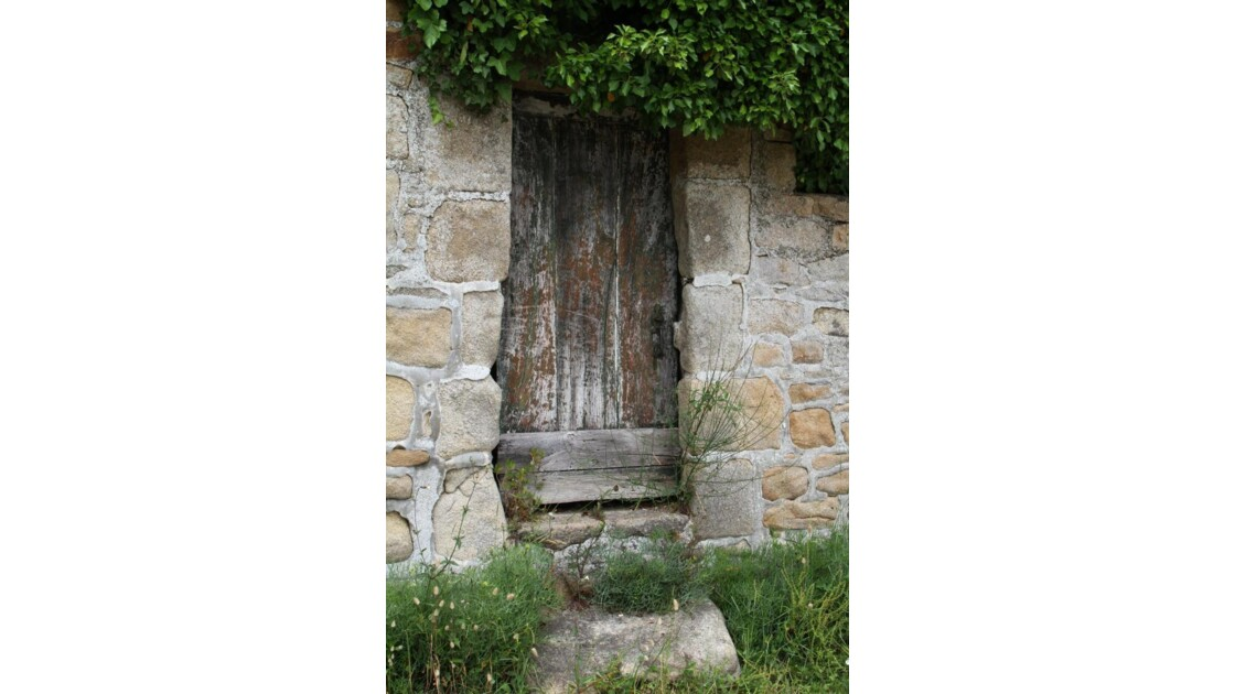"""Ancienne porte .."""