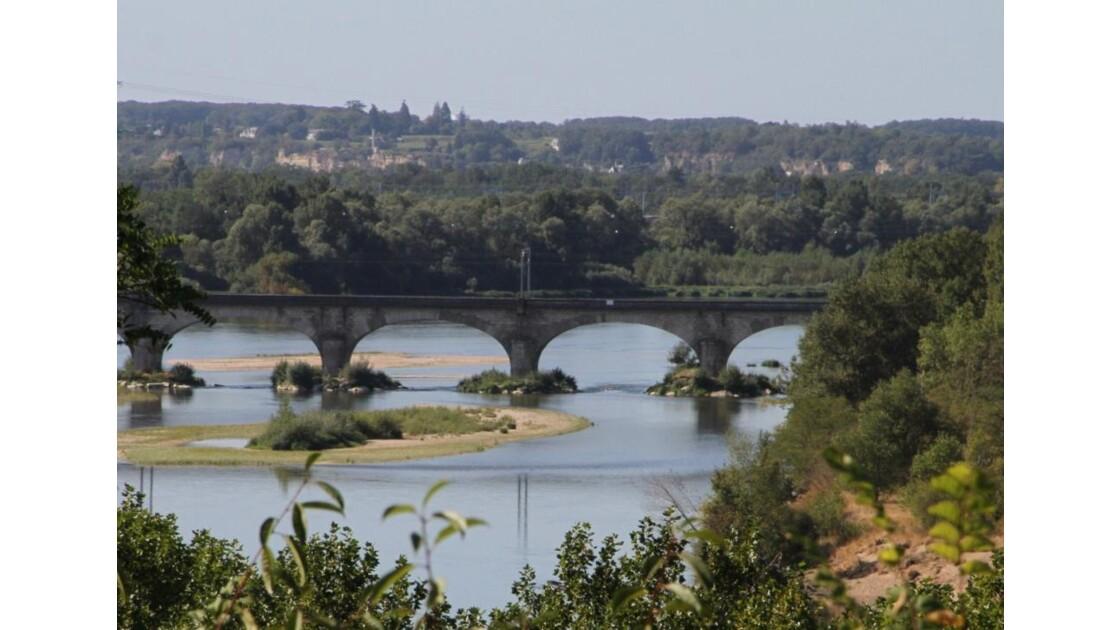 """""""Pont sur la Loire ..."""""""