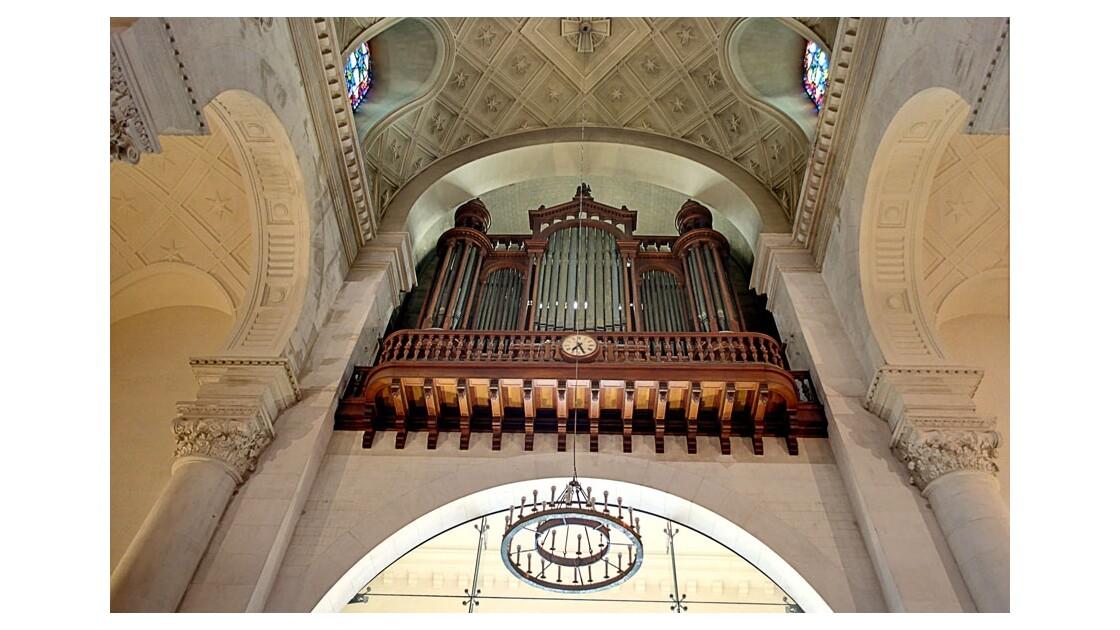 Saint_anne_de_la_butte_aux_cailles_d.jp