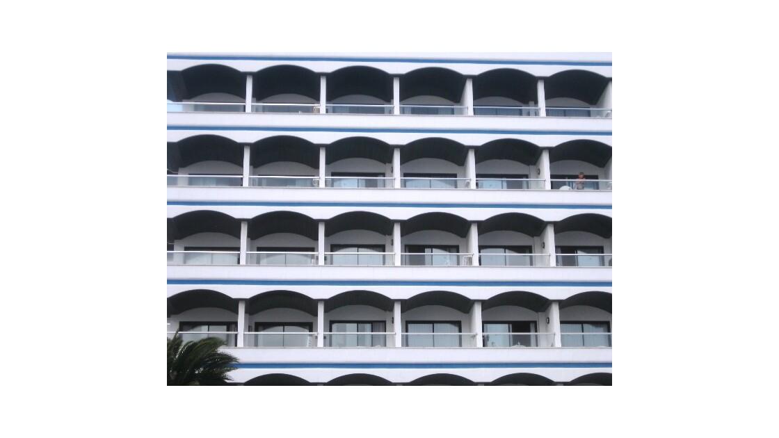 Gran Canaria balcon en arc de cercle.JP