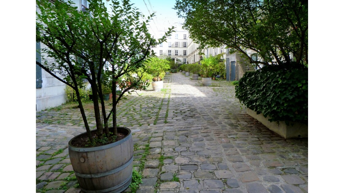 Cour pavée_rue_de_Charenton