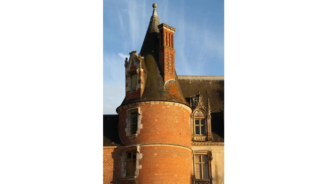 """""""Tour du Château de Maintenon ..."""""""