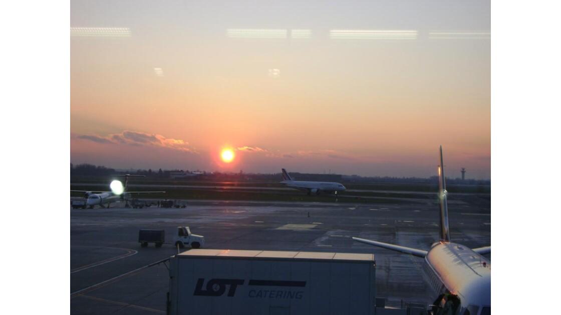 Aéroport de Varsovie.JPG