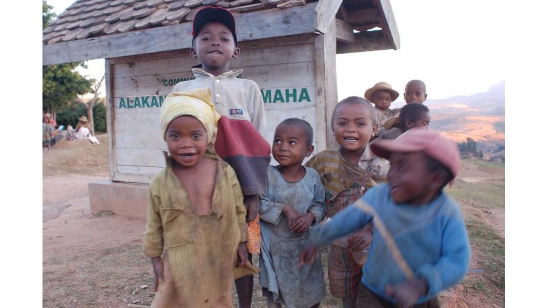 enfants,madagascar,2007