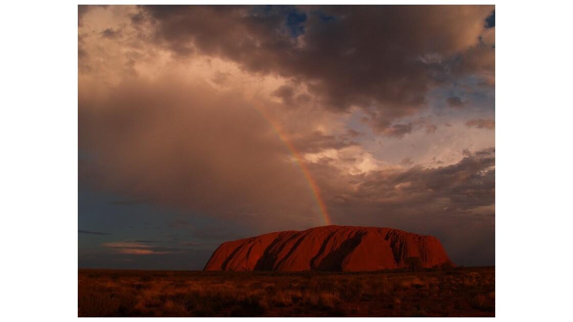 rainbow on uluru