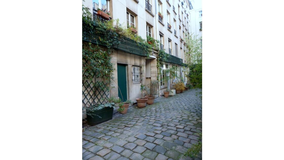 Cour pavée Rue_Greneta