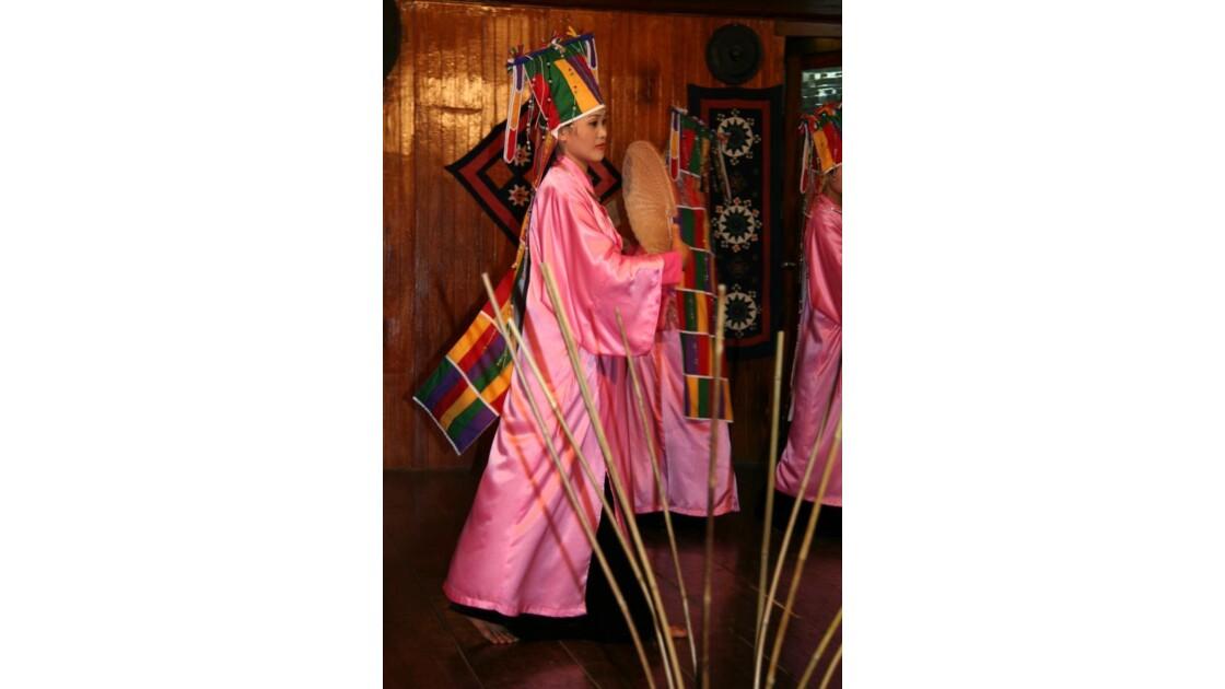 Danse traditionnelle très agréable !